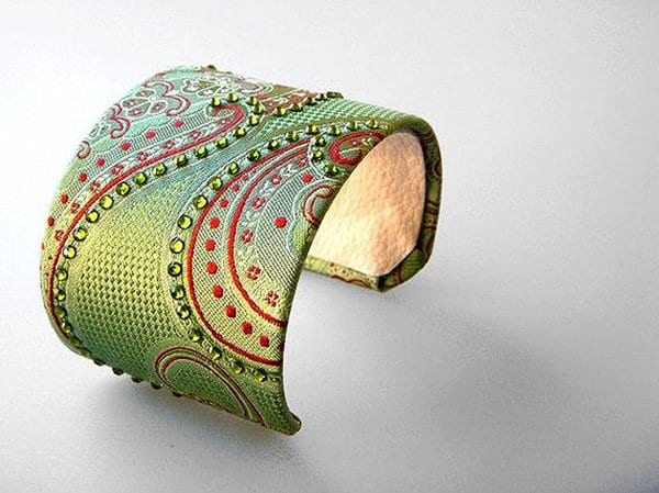 Dikiş Aksesuarlarından Takı Modelleri 65