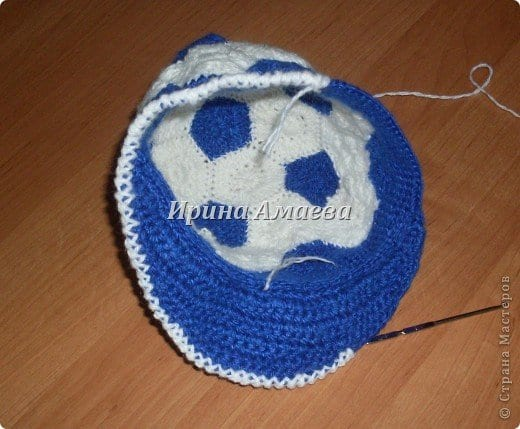 Futbol Topu Şeklinde Şapka Yapılışı 13