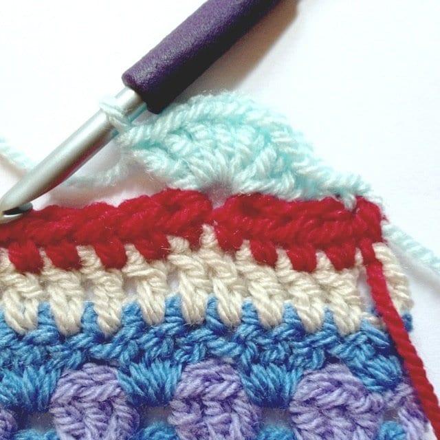 Tığ İşi Renkli Battaniye Nasıl Yapılır? 12