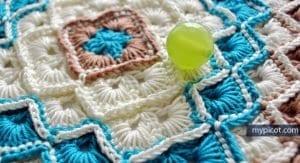 Tığla Ortadan Başlanan Bebek Battaniyesi Açıklamalı 28