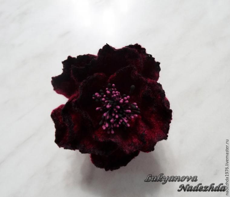 Yün Keçeden Çiçek Yapımı 20