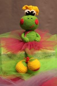 Amigurumi Balerin Kurbağa Yapımı 8