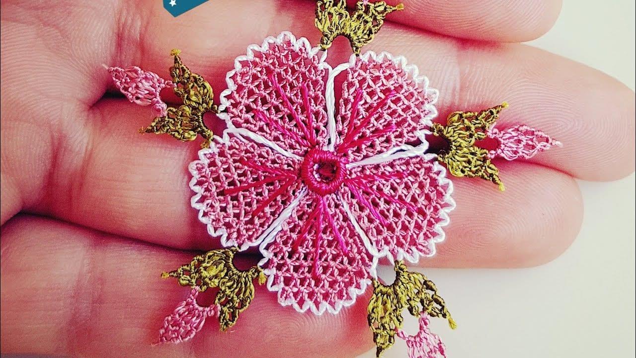 Muhteşem Yatık Çiçek Modeli İğne Oyası Yapılışı 27