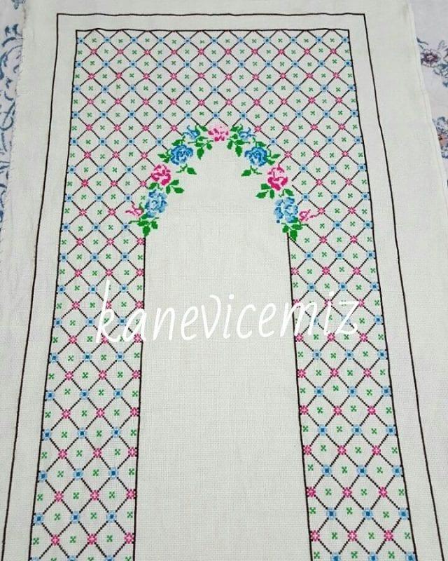 Kanaviçe Seccade Örnekleri 113