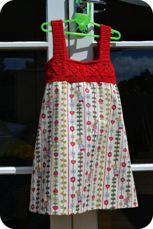 Üstü Örgü Altı Kumaş Elbise Yapılışı 17