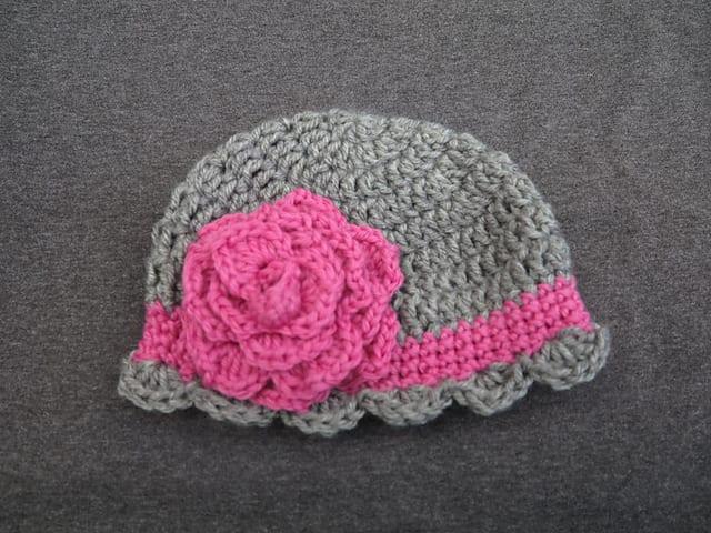 Tığ İşi Bebek Şapka Modelleri 9