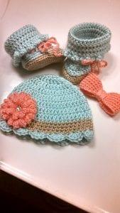 Tığ İşi Bebek Şapka Modelleri