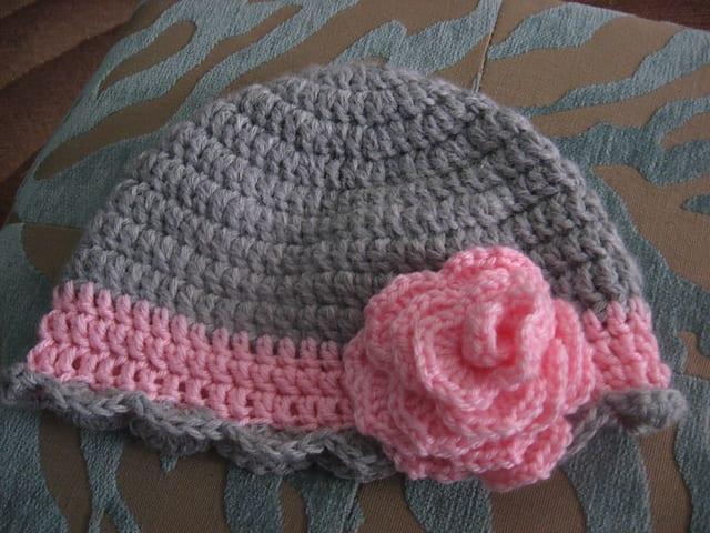 Tığ İşi Bebek Şapka Modelleri 2