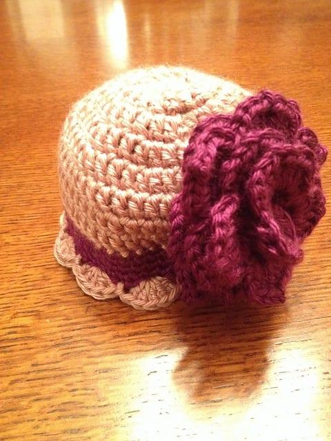 Tığ İşi Bebek Şapka Modelleri 5