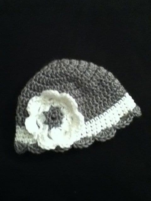 Tığ İşi Bebek Şapka Modelleri 8