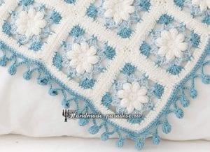 Çiçek Desenli Bebek Battaniyesi