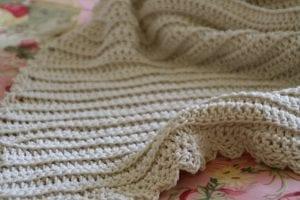 Kolay Bebek Battaniyesi Nasıl Örülür?