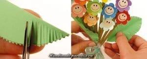Kağıttan Çiçek Buketi Yapımı 5