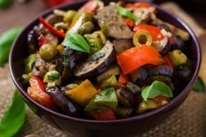 Zeytinli Patlıcan Yemeği Yapılışı