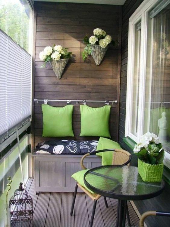 Küçük Balkon Dekorasyonu İçin Örnekler 47