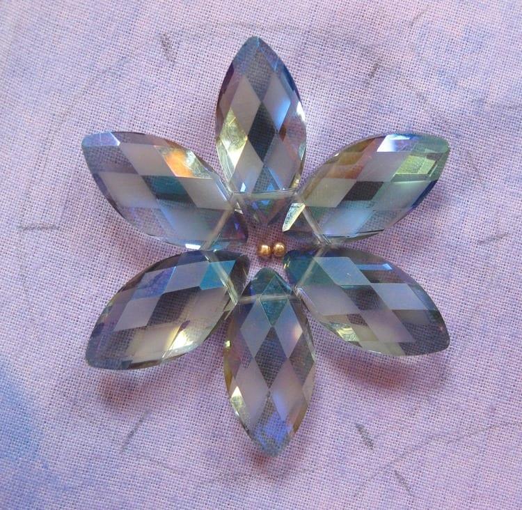 Kristal Boncuklu Çiçekli Kolye 38