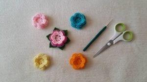 Kolay Örgü Çiçek Yapımı 2