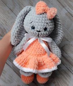 Kadife İple Amigurumi Tavşan Tarifi