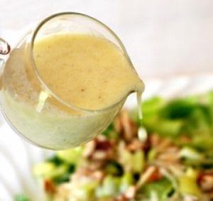 Salatalarınızı Daha Lezzetli Hale Getirecek 5 Sos Tarifi 5