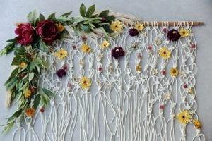 Çiçekli Makrome Kapı Süsü