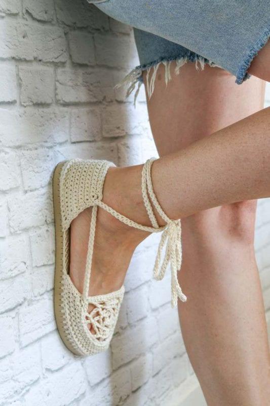 Motifli Yazlık Örgü Ayakkabı Yapılışı 7