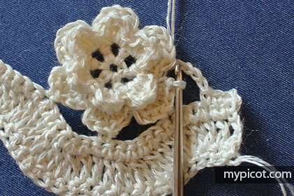 Çiçekli Zikzak Battaniye Yapılışı 11