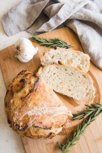 Yaş Maya ile Evde Ekmek Yapımı