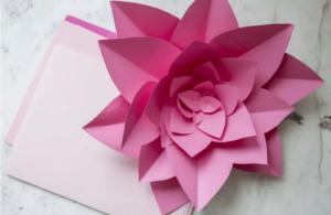Kartondan Çiçek Yapımı Etkinlikleri 10