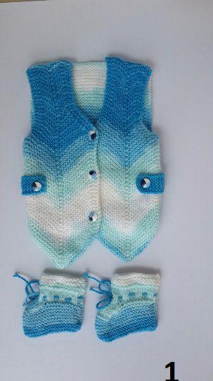 İki Renkli Örgü Bebek Yelek Modelleri 46
