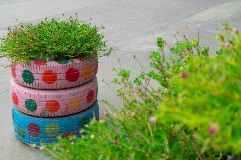 Araba Lastiği ile Bahçe Dekorasyonu 30