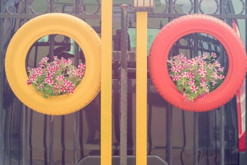 Araba Lastiği ile Bahçe Dekorasyonu 46
