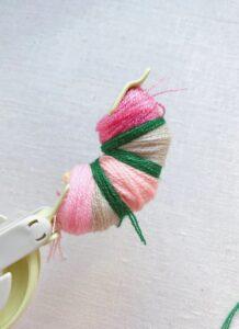 Çiçekli Ponpon Nasıl Yapılır? 15