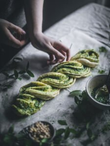 Yeşil Çörek Tarifi 1