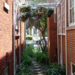 Plastik Borularla Bahçe Dekorasyon Fikirleri 18