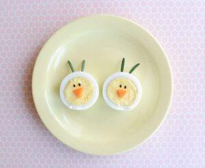 Haşlanmış Yumurtadan Tavşan ve Civciv Yapımı 2
