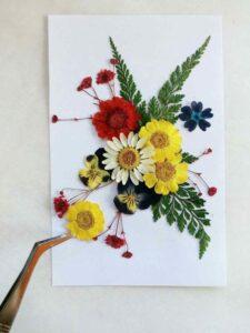 Canlı Çiçeklerden Çerçeve Yapımı 1