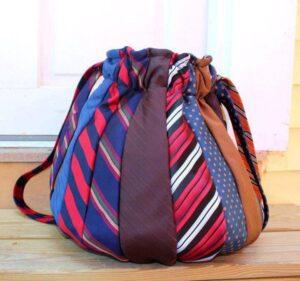 Kravattan Çanta Yapımı 1