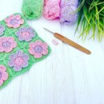 Çiçek Motifli Kolay Bebek Battaniyesi